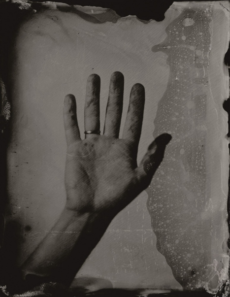 http://rikardosterlund.com/files/gimgs/th-20_Wetplate-scan-21060418-MyHand.jpg